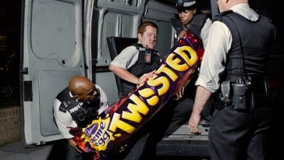 Cadbury Creme Egg Twisted - Goo on the loose (I)