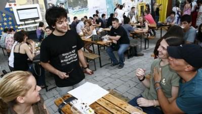 ADfel 2010 - Syoss - Dinu, ex-hairstylist