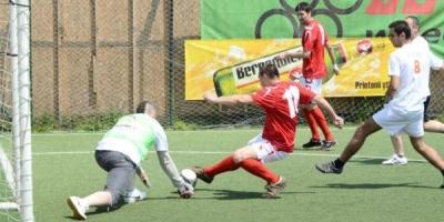 A inceput Cupa Agentiilor la Fotbal Bergenbier