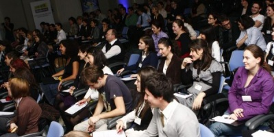 SMARK KnowHow: Marketing Research 2011 - Panelul Insights & trends monitoring