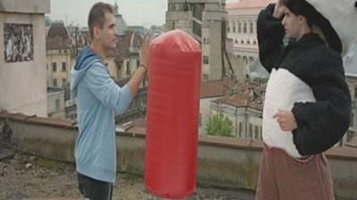 Vodafone - Film cu Panda Karate si Dublu