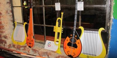 Ziua Culturala ADfel: duel artistic, concurs de logo-uri, jonglerii pe monociclu, pescuit de sfaturi publicitare si limonada rece
