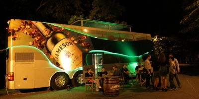 Jameson Bus: mentorat despre whiskey intr-un decor neconventional