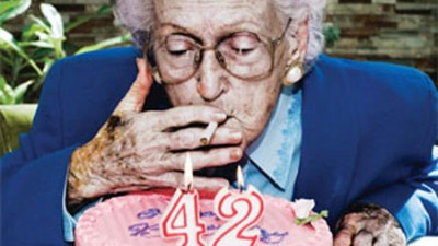 Nicorettes - Smoking causes premature aging