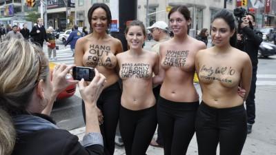 Rethink Breast Cancer - Boobyball stunt