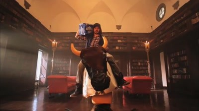 Keystone Light - Smooth musings with Keith Stone - Lady with a Big Bag