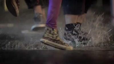 Sony Ericsson - Raining music