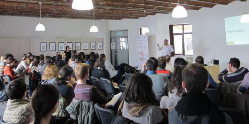 Victor Dobre (IAA) despre noutatile editiei EFFIE 2012 si cele 10 motive de descalificare din competitie