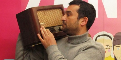 Adrian Popescu (Radio Guerrilla): Te eliberam pe tine, consumatorule de radio, te protejam de muzica proasta, de vorba fara fond, de forma fara continut, de viata fara sens.