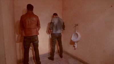 Redd's - Ce se intampla in toaletele baietilor