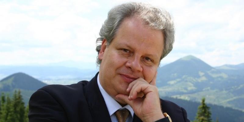 Jean Valvis (AQUA Carpatica): Suntem intr-o tara cu izvoarele nemaipomenit de bune, insa cu un cadru legal foarte permisiv