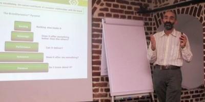 [Training IQads Kadett] Daniel Enescu despre etapele de research aferente comunicarii, Brand Dynamics si avantajele pretestarii reclamelor