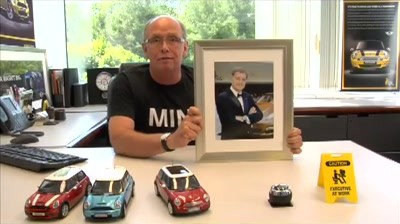 MINI – MINI vs. Porsche