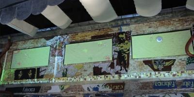 Desperados a improscat terasa de la Fabrica cu vopsea la ADfel 2012