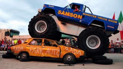 Vitantis Shopping Center - Monster Truck