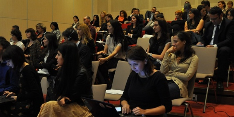 [Luxury & Aspirational Brands] Strategii de marketing pentru brandurile premium si de lux