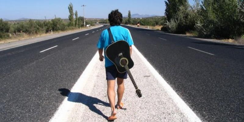 Stereotipuri despre tineri demontate de experienta oamenilor de comunicare