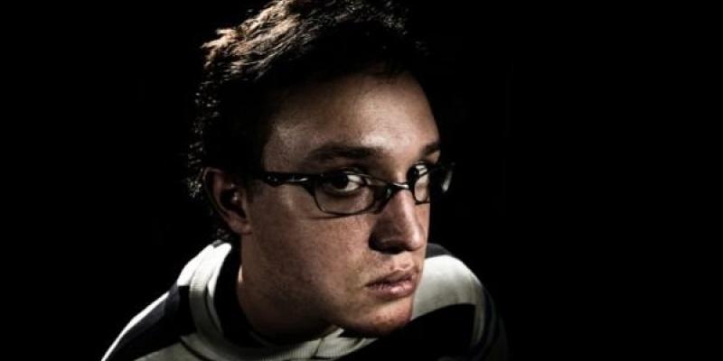 [AdStory] Pavel Fuksa (JANDL): Caut insight-uri in visurile copilariei, in intalnirile bizare si in strafundurile internetilor