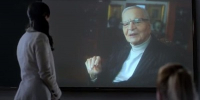 Radu Beligan este personajul central din noul spot Cosmote, semnat de Papaya Advertising