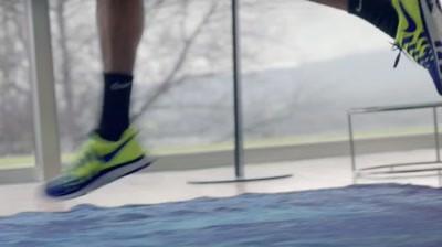 Nike - Fly Swatter (Roger Federer)