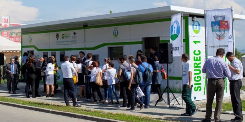 Statie inteligenta de colectare a deseurilor lansata de Green Group la Buzau