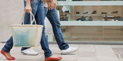 Studiu GfK Romania: Consumatorii investesc tot mai putin in bunuri de folosinta indelungata