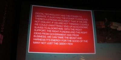 Chris Clarke – cu miliarde de Giga de continut in online, de ce nu putem folosi ce avem deja?