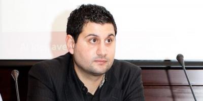 Mascota DOT, purtator de cuvant in mediul online pentru Piraeus Bank Romania