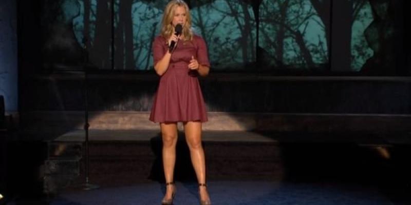Femeile, decodate de stand-up comedians