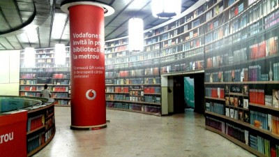 Vodafone - Biblioteca Virtuala Metrou Victoriei