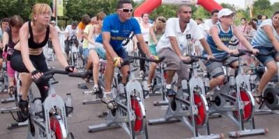 """A treia editie """"Cea mai mare ora de sport"""", organizata de Dolce Sport, SmartAtletic si GetFit"""