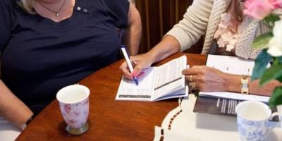 Studiu YouGov, pentru Provident Finacial: 35% dintre romani apeleaza la imprumuturi pentru imbunatatirea nivelului de trai al familiei