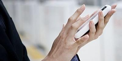 Studiu GfK Romania: 82% dintre romani detin telefoane mobile noi