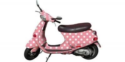 8.800 RON, valoarea scuterului oferit ca premiu de La Strada in aceasta vara