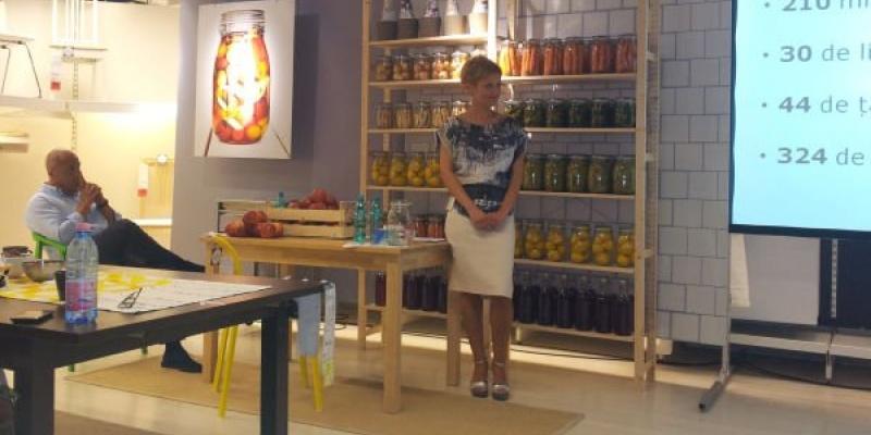 """""""Bucura-te de fiecare moment petrecut acasa"""", tema catalogului IKEA 2014"""
