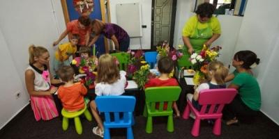 FlorideLux lanseaza Petaledeviata.ro, un proiect de CSR prin care doneaza 20% din venituri Asociatiei HelpAutism
