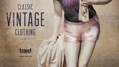 TRAID - Vintage Statue 3