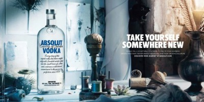 "ABSOLUT lanseaza campania ""Transform Today"", in colaborare cu patru artisti internationali"