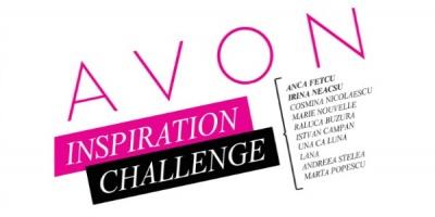 Zece artisti au creat obiecte pornind de la o serie de parfumuri din portofoliul AVON