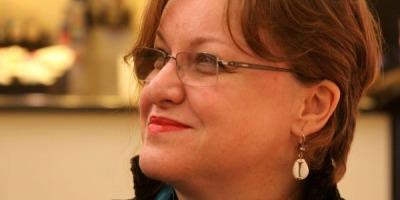 Corina Suteu: Trebuie sa recunoastem valorile incontestabile ale culturii romane, chiar daca nu aderam la ele