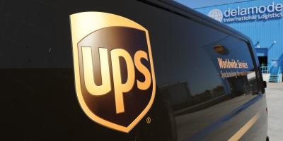UPS anticipeaza cresteri de 8% in volumul zilnic de livrari pe perioada cumparaturilor de sarbatori