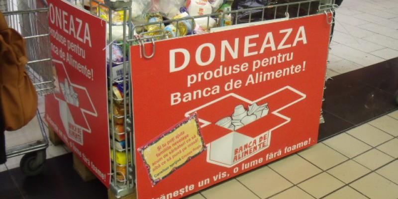 Carrefour organizeaza si anul acesta o colecta de alimente pentru nevoiasi