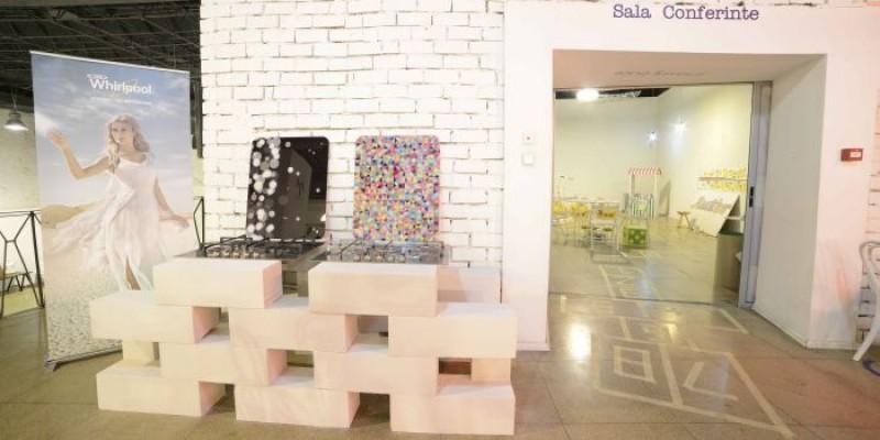 Plitele iXelium si hotele Art Gallery, integrate in designul neconventional al targului bijuterie contemporana Autor
