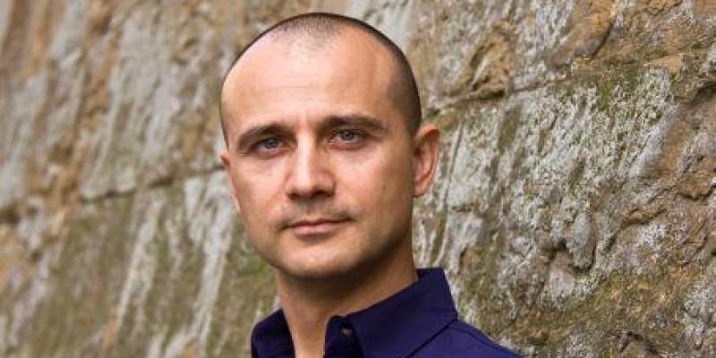PeMeserie.ro: Educam tinerii sa faca diferenta intre un test psihologic de revista glossy si un test profesionist