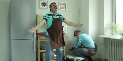 Barbatii primesc un motiv sa danseze de bucurie, intr-un nou clip online de la Volksbank