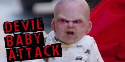 Un bebelus demonic a scapat pe strazile New York-ului