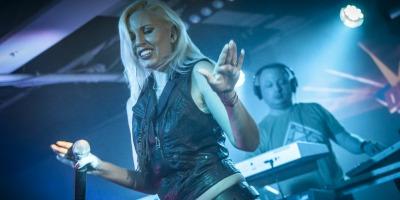 Nostalgia parintilor nostri adunata in playlist-uri de Discoteca
