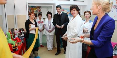 Asociatia Little People inaugureaza la Cluj o noua camera de joaca si tratament pentru copiii si adolescentii bolnavi de cancer