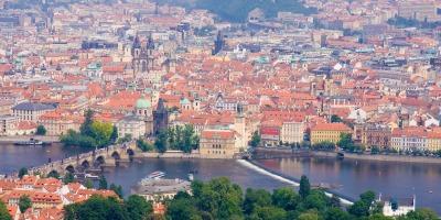 """Castigatorul concursului """"Te abonezi la Rombiz si castigi"""" va primi o excursie la Praga"""