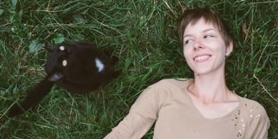 Pisici si moda, cu un strop de tutoriale: Kittenhood